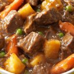 Slow-Cooker-Beef-Vegetable-Stew_exps159289_SCR133211C05_21_2bC_RMS